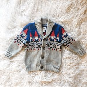 Adorable gnome Knit Cardigan From gap 12-18 Mths